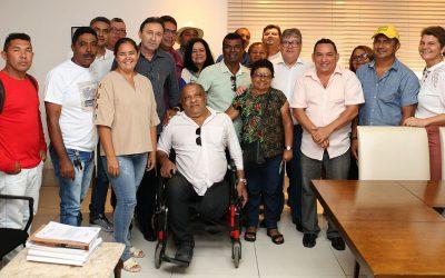 João Azevêdo apresenta novo projeto de habitação popular para entidades ligadas à moradia